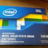 Intel SSD 330 Seriesです。これを載せようかと