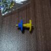 丸シャフトにブッシュ長をはめて、シャフトにグリスを塗ってG3とG2をはめる。両端にハトメをつける