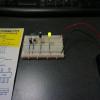 5Vの電源をつくってLEDを光らせたところ。