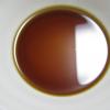 醤油と砂糖とみりんと水を混ぜる。少し薄い気がしたが、これくらいでいいらしい。